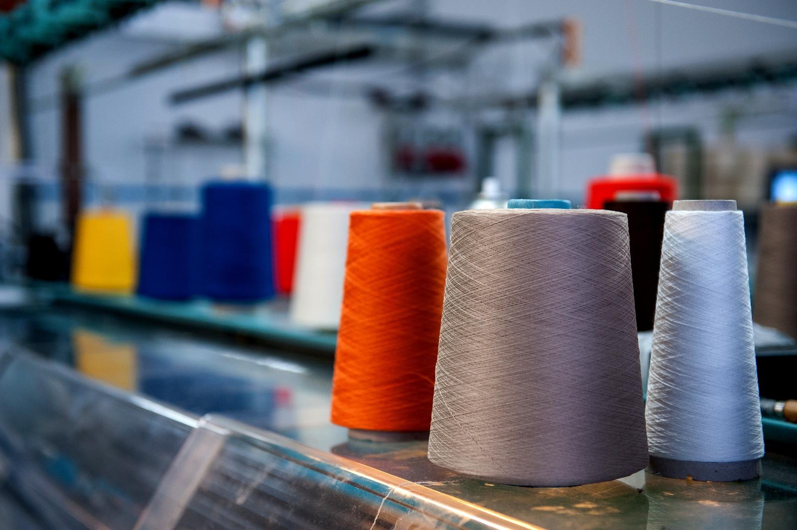 filati particolare azienda | Michele Rubini | Maglificio | Vendita maglioni in cashmere
